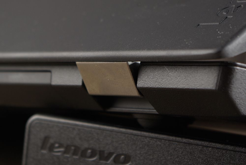 Петли экрана Lenovo ThinkPad T570