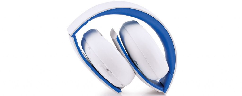 ps4-accessories-wireless-headset-white-screen-06-ps4-eu-05oct15.jpg