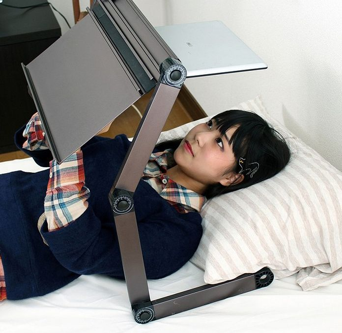 laptop-stand-for-bed.jpg